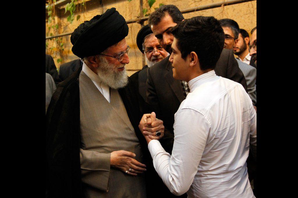 عنصر مومن حزب اللهی