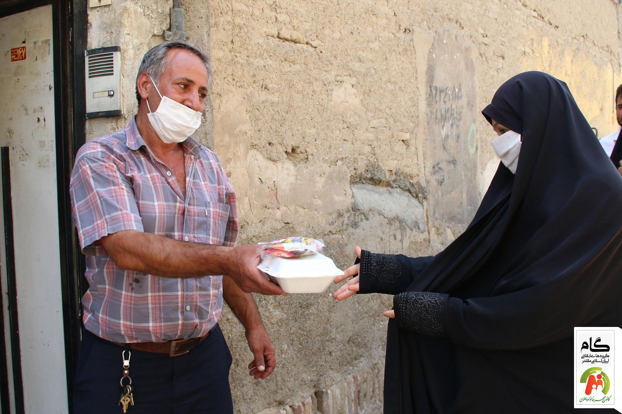 توزیع غذا در منطقه ۱۲  و ۱۱ تهران